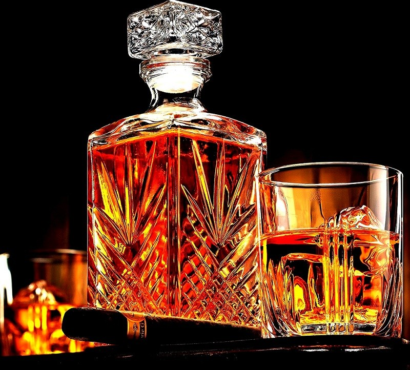 Best Whiskey Decanter Set reviews