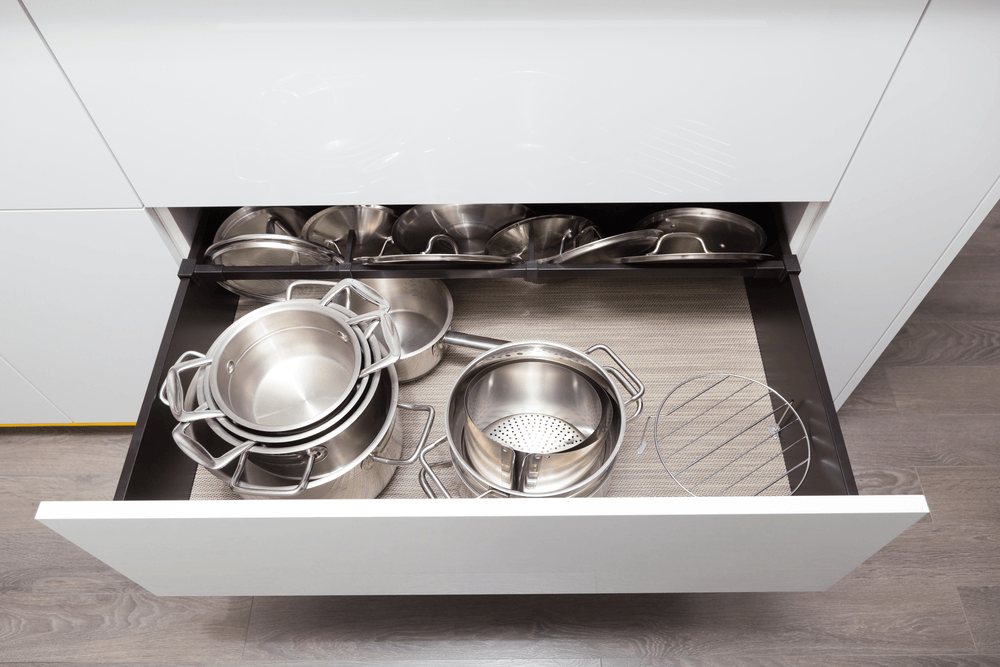how to organize kitchen cabinet space